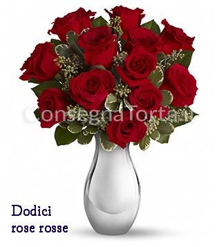 dodici-rose-rosse