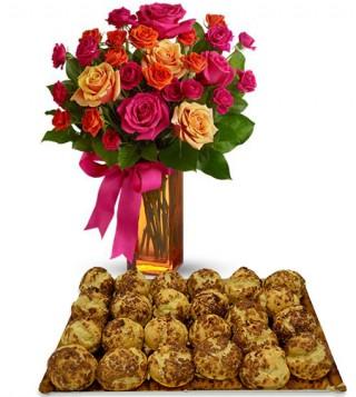 bigne-al-caffe-con-bouquet-di-roselline-dai-toni-caldi
