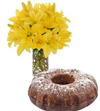 ciambella-al-cacao-con-bouquet-di-gigli