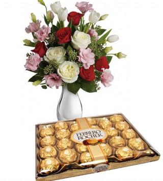 scatola-di-ferrero-rocher-con-bouquet-di-roselline
