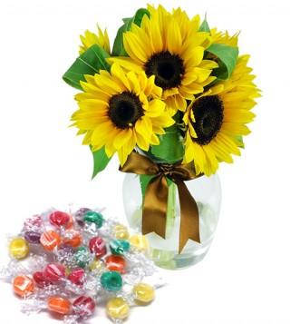 bouquet-di-girasoli-con-caramelle