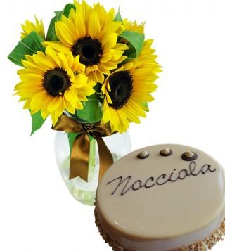 bouquet-di-girasoli-con-torta-alla-nocciola