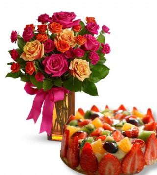 torta-alla-frutta-con-bouquet-surprise